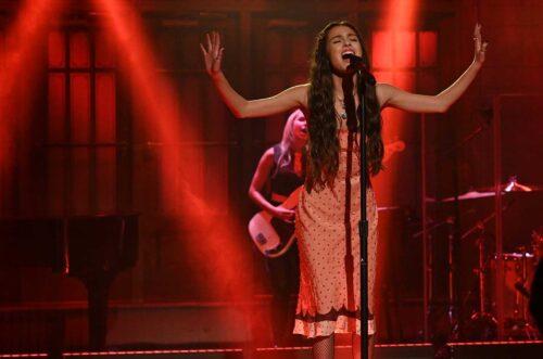 Olivia Rodrigo Performs Stunning SNL Debut