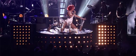 Rihanna Billboard Music Awards 2011
